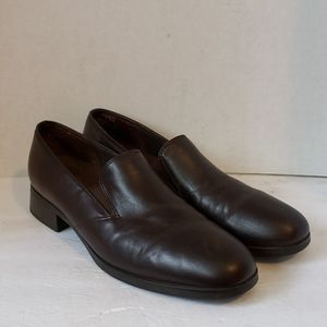 Munro brown leather shoes size 11 N